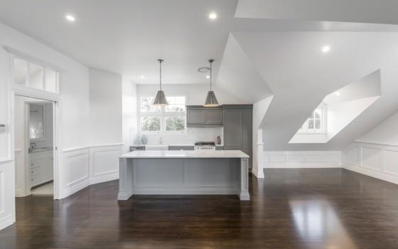 Hamptons Style Barn with Loft